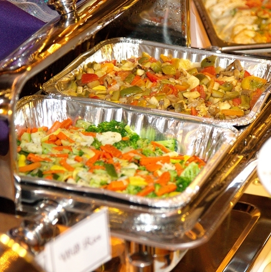 A la carte catering options by Pierrot Catering.