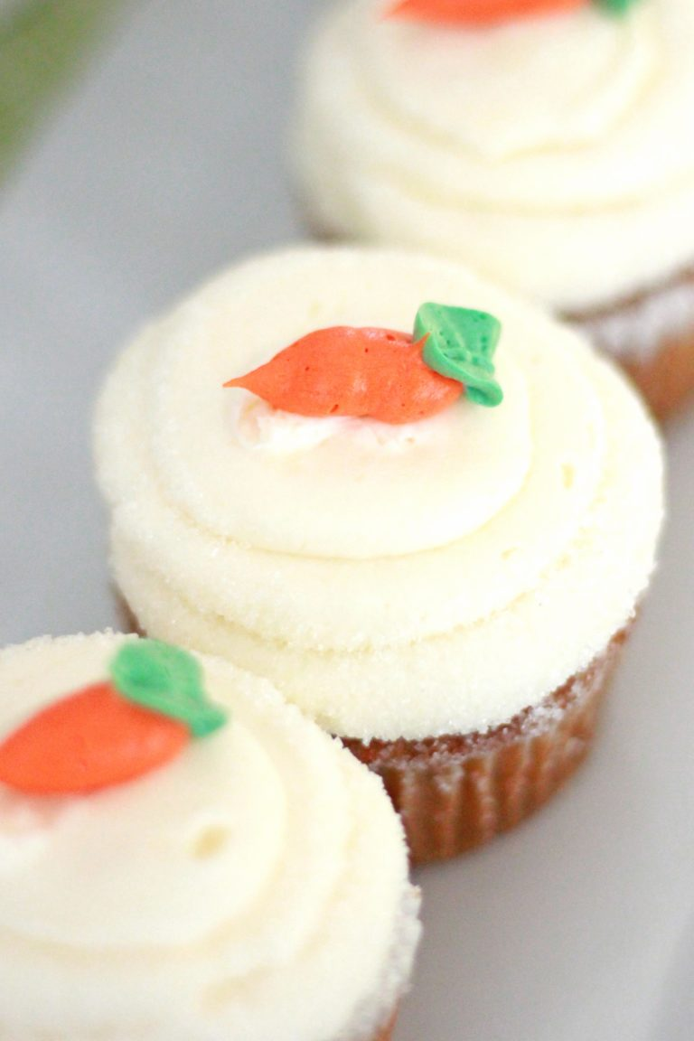 carrot cake cupcake cream cheese icing