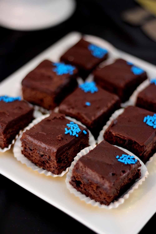 brownies with school colored sprinkles