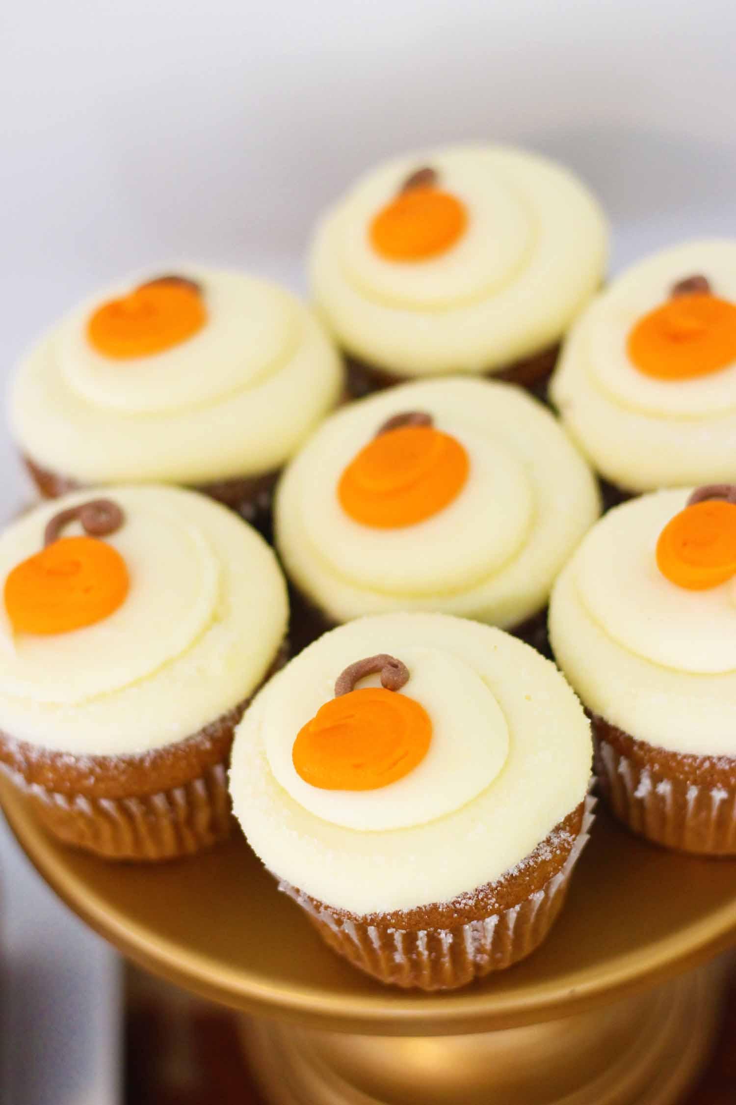 Pumkin Cupcakes With Cake Mix